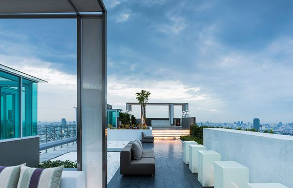 M-PhayaThai-Bangkok-condo-for-sale-rooftop-party-deck-2